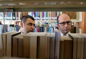 ÇOMÜ Kütüphanesi'nde Rafların Uzunluğu 15 KM'yi Geçiyor