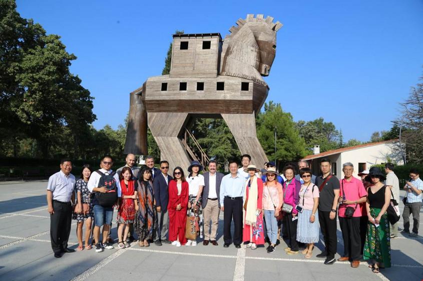Troya Antik Kentine Ziyaretçi Akını