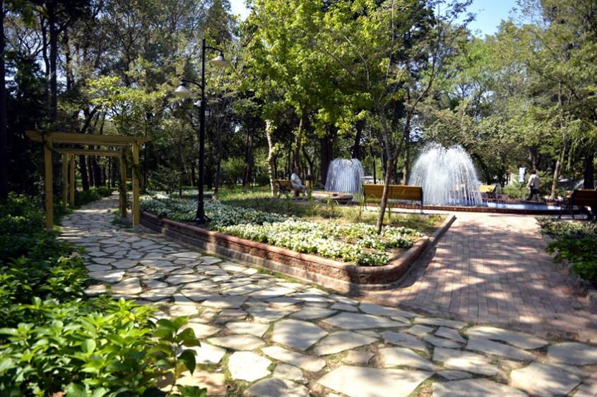 Çanakkale'de Halk Bahçesi Yenilenen Yüzüyle Hizmete Girdi