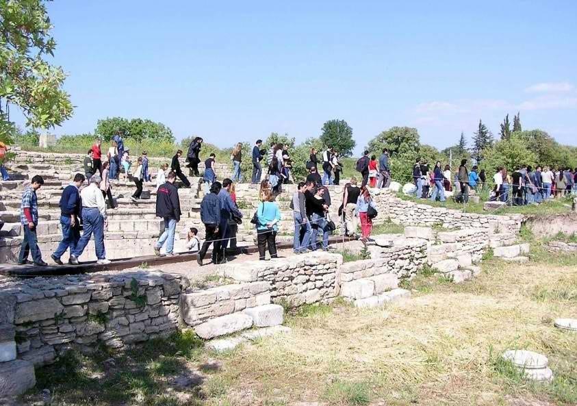 Bakanlık 50 Müze ve Ören Yerini İhaleye Çıkarıyor