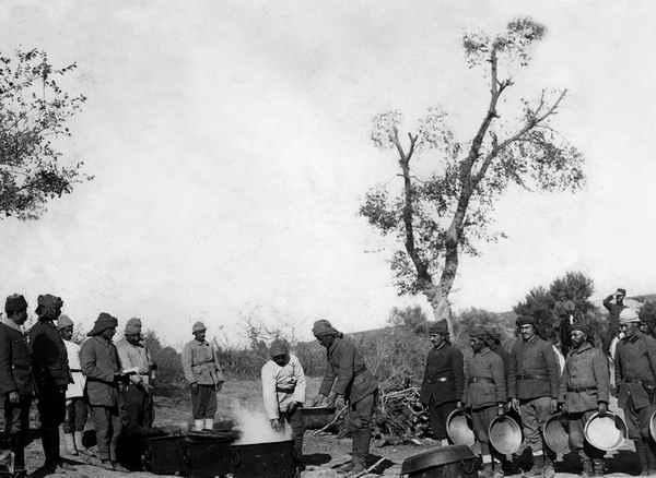 Çanakkale Savaşları'nın Yayınlanmamış Fotoğrafları Albüm Oldu