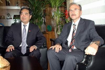 Çin Başkonsolosundan Vali Vekili Kulözü'ne Ziyaret