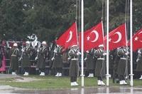 Başbakan Erdoğan Şehitler Abidesindeki Törene Katıldı