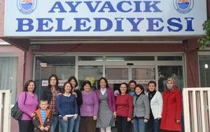 Ayvacık'ta Ev Hanımları İngilizce Öğreniyor