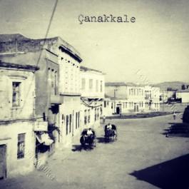 Eski Çanakkale. Sol Taraf Şuanki Artur Otelin Bulunduğu Bölge
