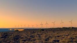 Bozcaada Batı Burnunda Elektrik Üretimi Yapan Rüzgar Gülleri