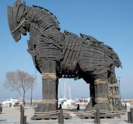 Troy Filminde Kullanılan ve Çanakkale'de Sergilenen Ünlü 'Troy Atı'
