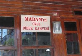 Gökçeada Zeytinli Köyü'ndeki Madamın Ünlü Dibek Kahvesi