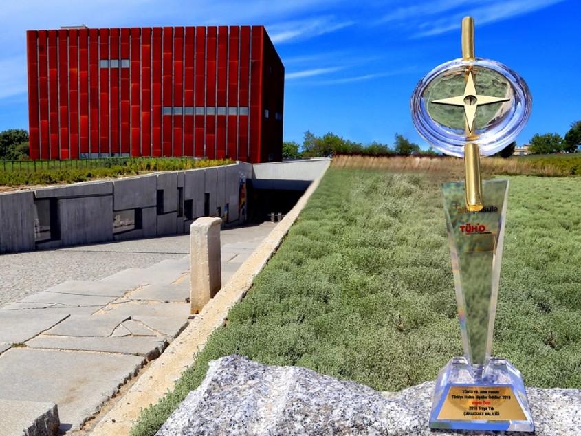 """18. Altın Pusula Büyük Ödülü """"Troya Yılı""""na Verildi"""