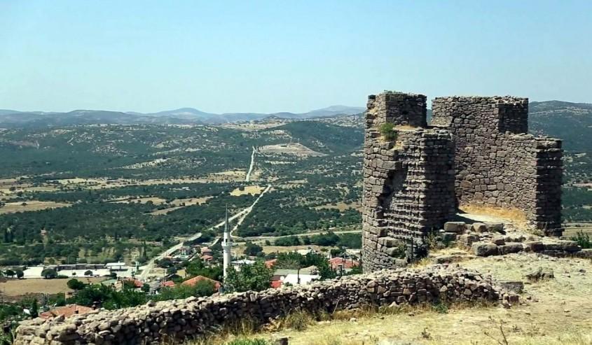 Assos Antik Kenti'nde Makilik Alanda Yangın Çıktı