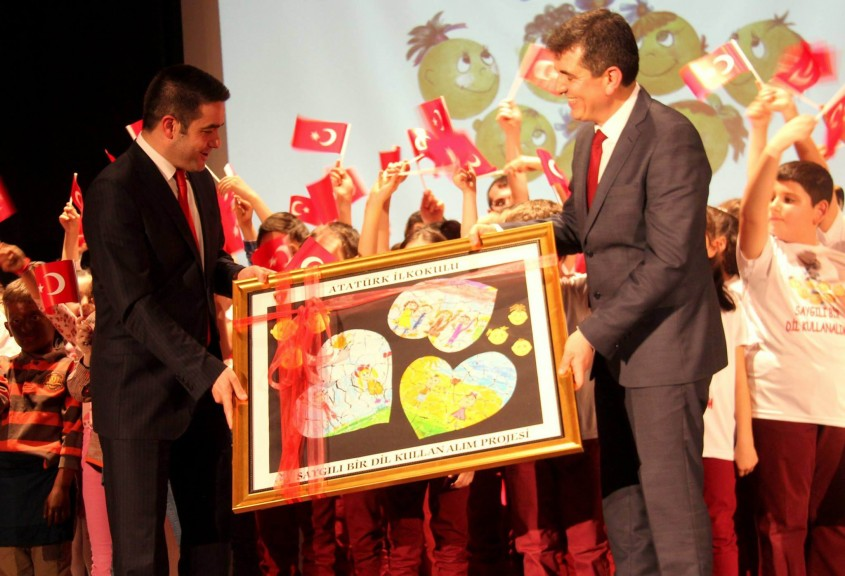 Atatürk İlkokulu Öğrencilerinden Anlamlı Proje