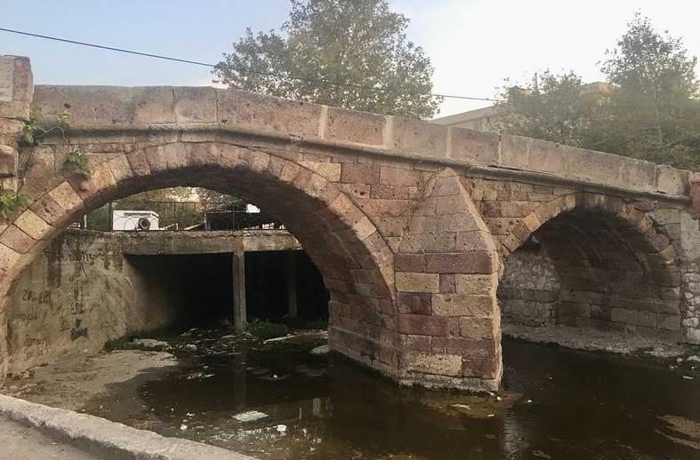 Bayramiç'teki 226 Yıllık Tarihi Taş Köprü Restore Edilecek