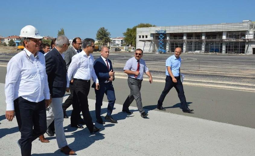 Çanakkale Havalimanı'nda Yeni Terminal Binasının Yapımı Sürüyor