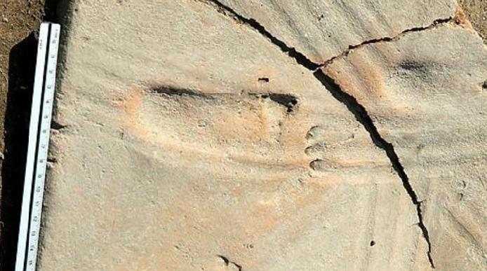 Çanakkale'deki Bu Ayak İzi Tam 1300 Yıllık!