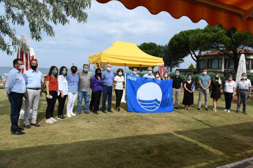 Çanakkale'deki Plajlarımızda Bu Sene de Mavi Bayrak Dalgalanıyor