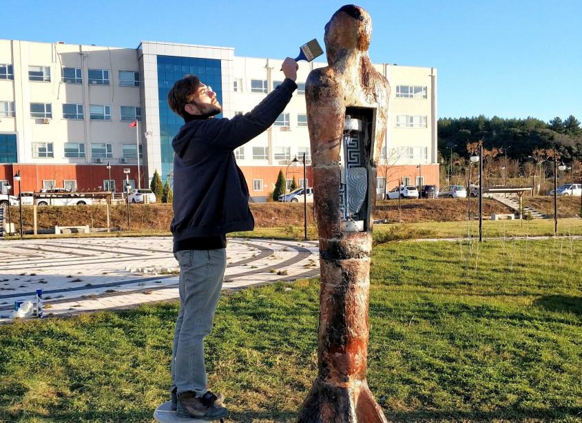 ÇOMÜ Öğrencisinden Tasarım Yarışmasında Büyük Başarı