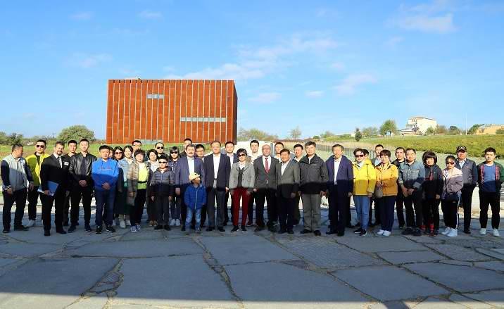 Çin Halk Cumhuriyeti Ankara Büyükelçisi Troya Müzesi'nde