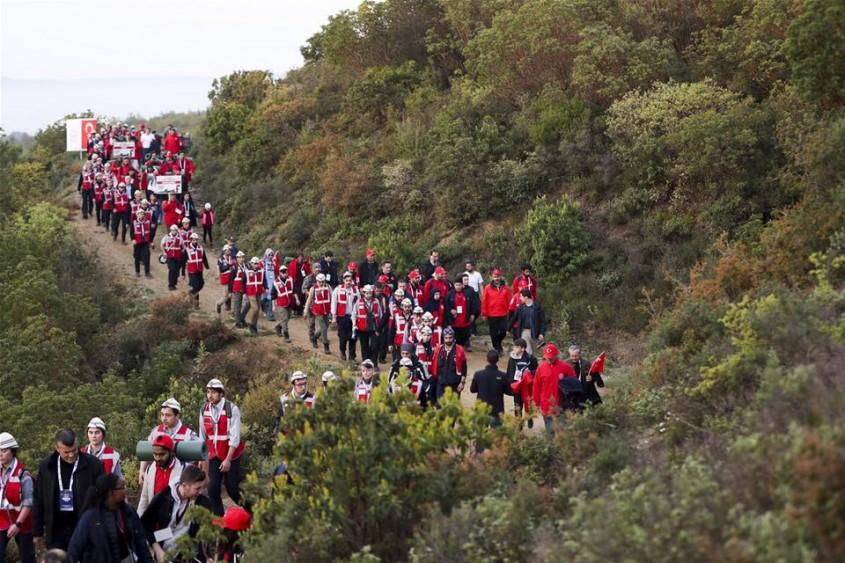 8 bin Kişi Gelibolu Yarımadası'nda Dedelerinin İzinden Yürüdü