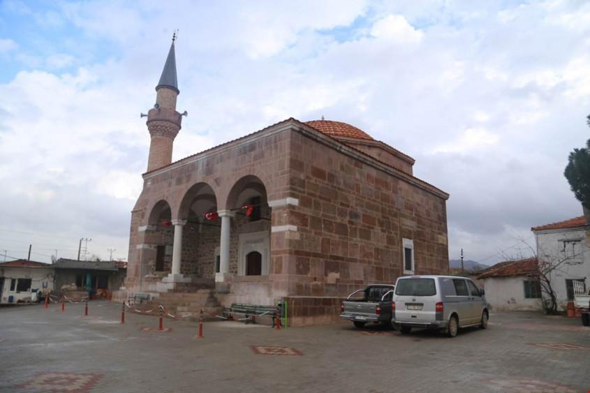 Vali Tavlı Restorasyonu Tamamlanan Asılhan Bey Camiini İnceledi