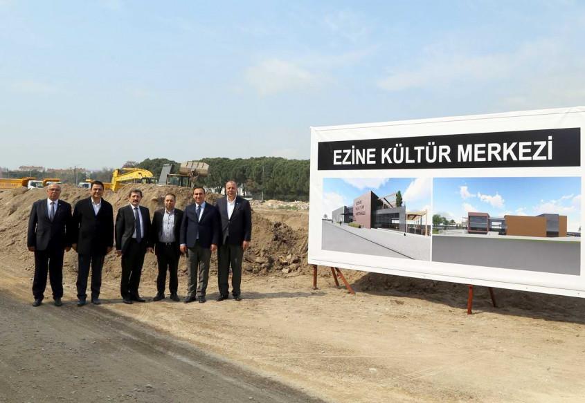Ezine Kültür Merkezi'nin Yapımına Başlandı
