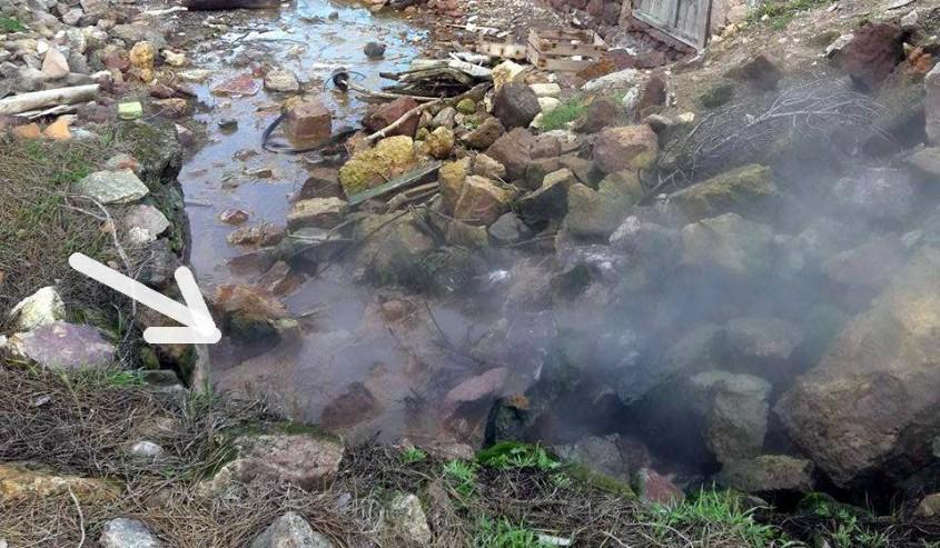 Deprem Bölgesinde Yeraltından Kaynar Su Çıkmaya Başladı!