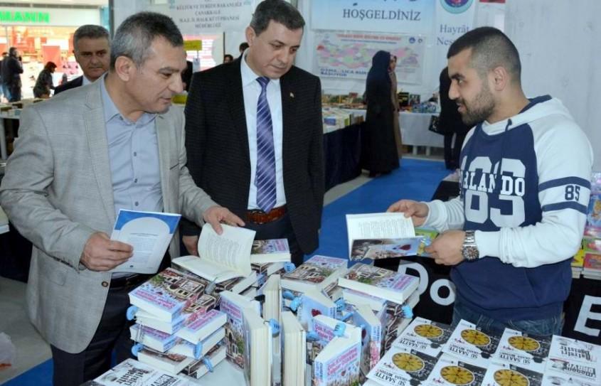 """""""4. Çanakkale Kitap Fuarı"""" Açıldı"""