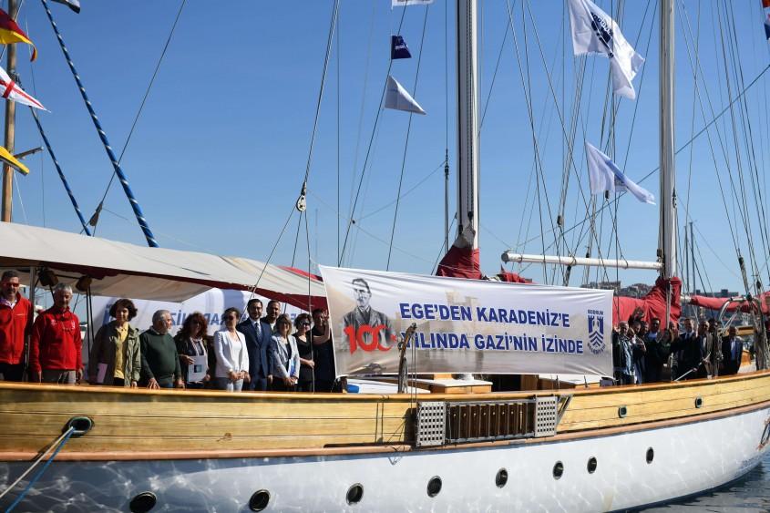 STS Bodrum Okul Gemisi Çanakkale'den Törenle Uğurlandı
