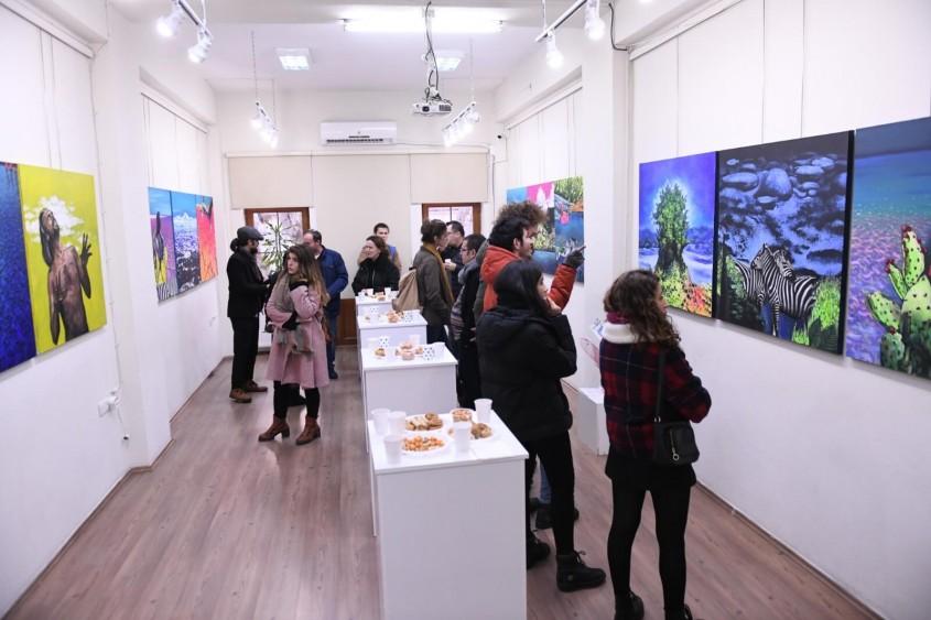 """""""Nuh'un Gemisi"""" Resim Sergisi Yazar ve Sanatçı Evi'nde Açıldı"""