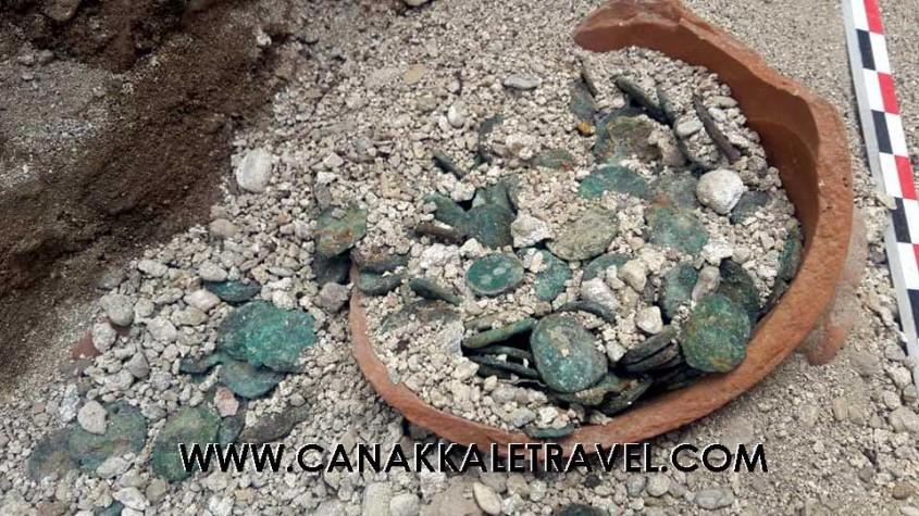 Parion'da M.S. 4. Yüzyıla Ait Bronz Sikkeler Bulundu