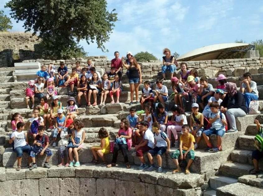 Çocuklar Troia'yı Keşfetti