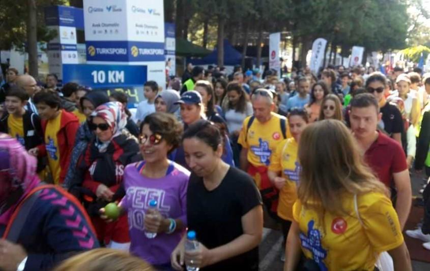 """Binlerce Kişi """"Turkcell Gelibolu Maratonu""""nda Koştu"""