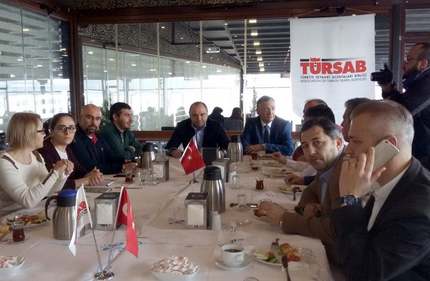TÜRSAB Midilli-Ayvacık Feribot Seferlerinin Başlamasını İstiyor