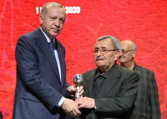 """""""Yaşayan İnsan Hazineleri"""" Ödülü Çanakkaleli Seramik Ustası İsmail Bütün'ün"""
