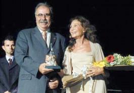2005 Yılında Çanakkale Belediyesi de Ödül Vermişti...